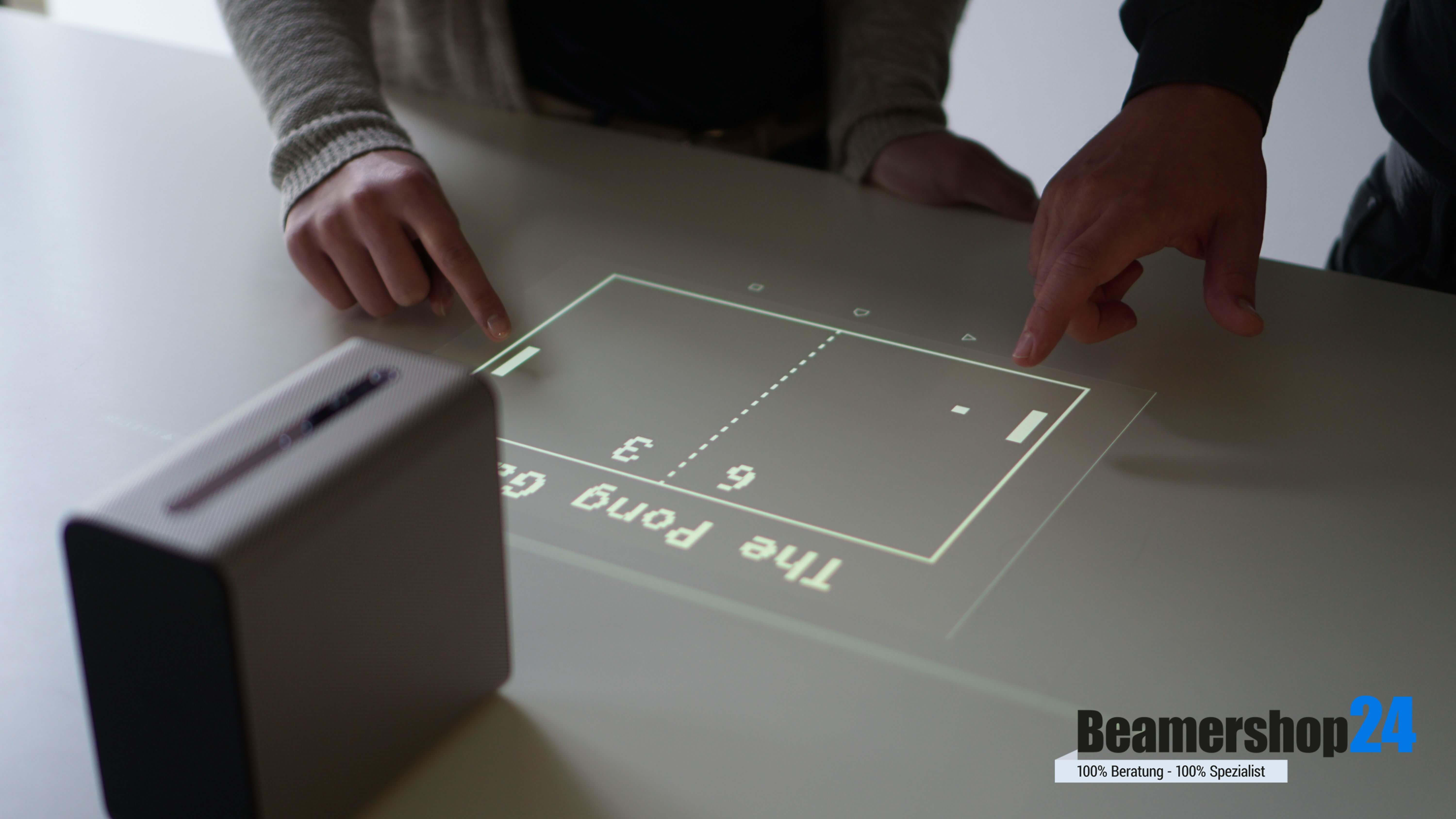 Sony Xperia Touch Pong Spiel
